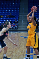 Quinnipiac 64, St. Francis (N.Y.) 41  Jasmine Martin looks to pass the ball against St. Francis (N.Y.)