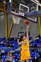 Quinnipiac 64, St. Francis (N.Y.) 41  Kari Goodchild scores two of her 14 points against St. Francis.