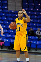 Quinnipiac 64, St. Francis (N.Y.) 41  Shaina Earle calls out a play during Monday's win.