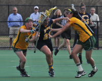 Vermont 18, Quinnipiac 9Quinnipiac's Jennifer Skipper is guarded by two Vermont players in the second half of Wednesday's game.
