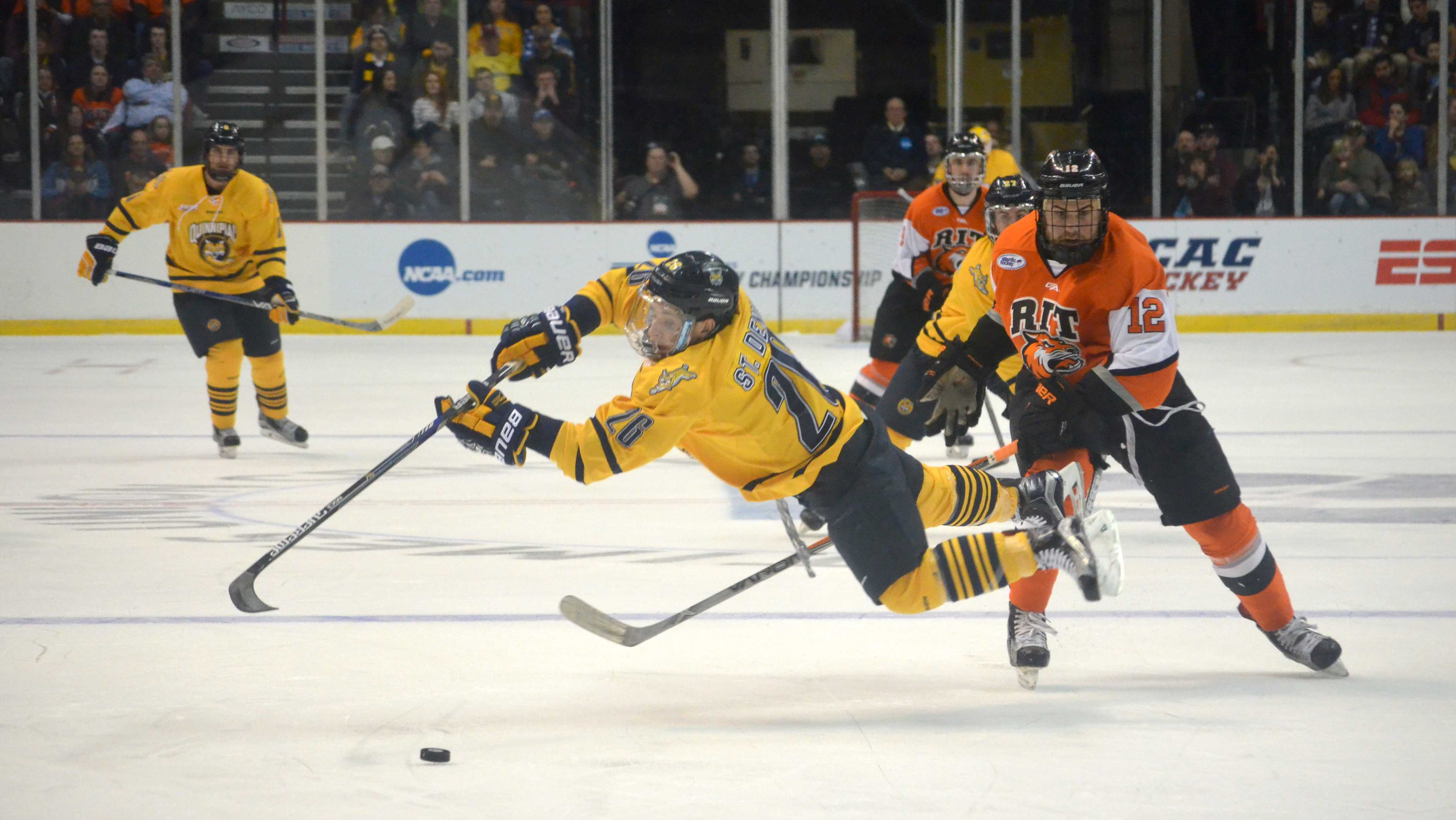 Men's ice hockey prepares for second Frozen Four | The ...